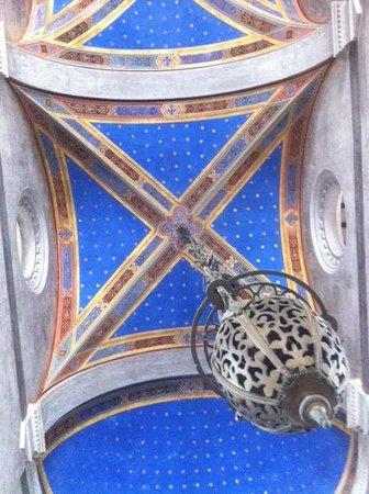 Villa Borbone: soffitto della cappella