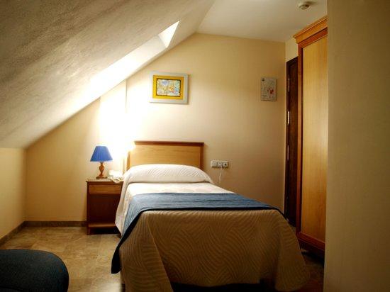 Hotel Al-Yussana: Individual