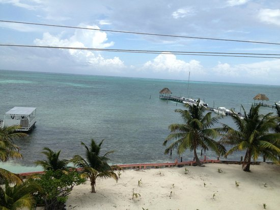 Caye Caulker Condos: View out front