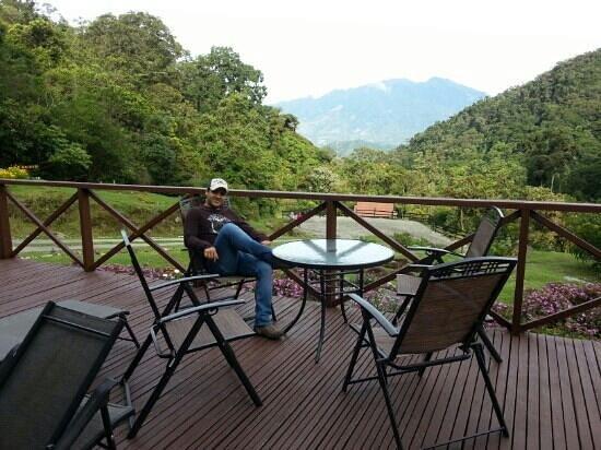 Boquete Tree Trek Mountain Resort : Volcán Barú visto desde el restaurante.