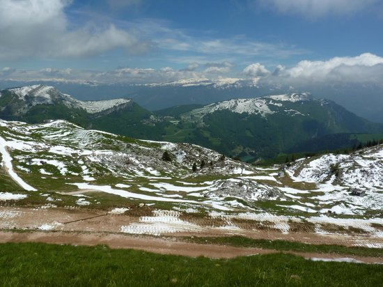 Villa Nicolli Romantic Resort: On Mount Baldo