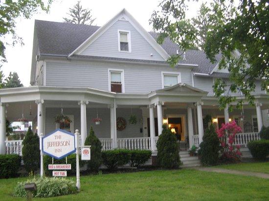 Jefferson Inn of Ellicottville : View from Jefferson St.