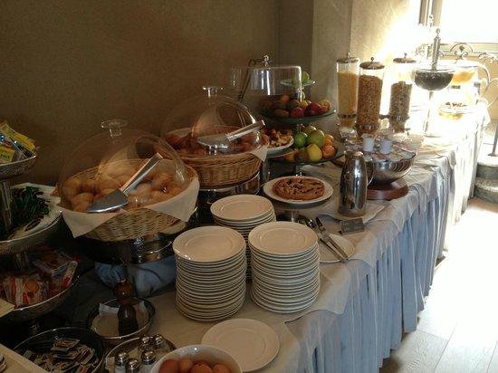 San Rocco Hotel: Ricco buffet colazione