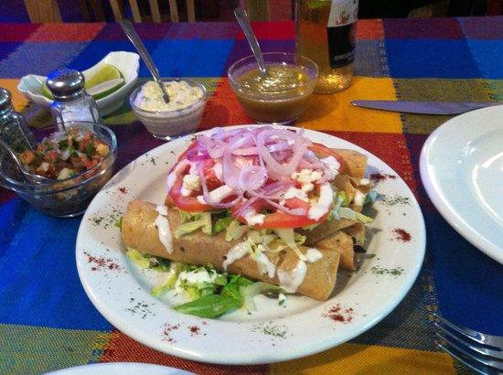 Embarcadero Mariscos Seafood: Taquitos!!!!