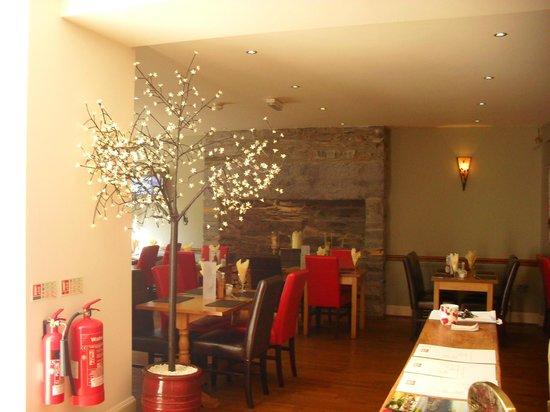 Aberdunant Hall Holiday Park & Hotel: Dining room