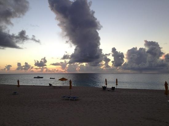 Turtle's Nest Beach Resort Photo