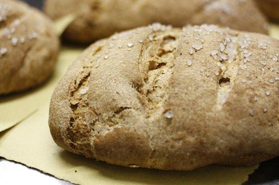 La Colombaia: il pane fatto in casa con la nostra farina macinata a pietra