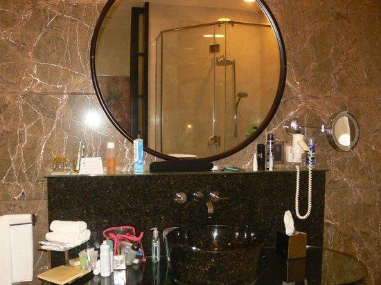 Al Raha Beach Hotel: salle de bain