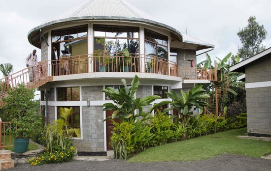 Tumaini Cottage: The restaurant is on the second floor with a great view