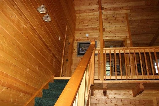 High Valley Rentals: Stairs to 2nd Floor