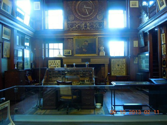 Thomas Edison National Historical Park: library in building 5