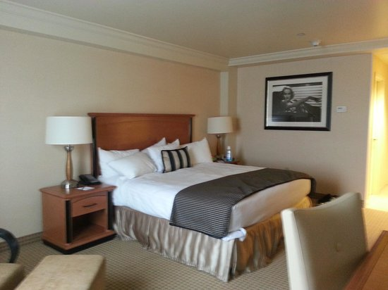 Hollywood Casino Lawrenceburg Hotel: Room 468