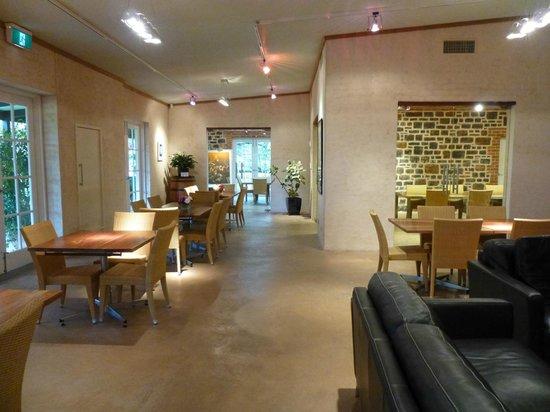 Peter Lehmann Wines: Dining area