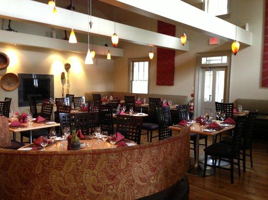 Shaw Club Hotel: Restaurant