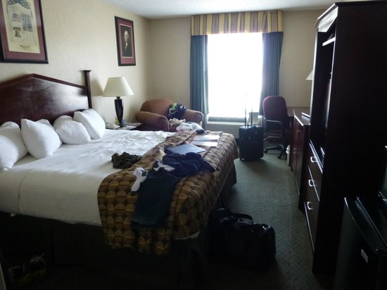 Best Western Springfield: awesome bed