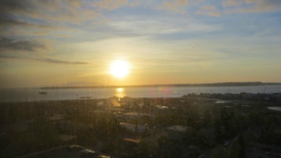 Hilton Anchorage: A room with a view of the Port