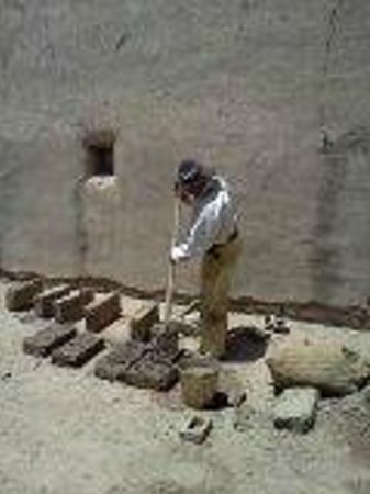 """Bent's Old Fort National Historic Site: A """"laborer from Taos"""" making bricks"""