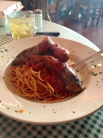 Gabriella's Italian Grill & Pizzeria: Spaghetti with Italian Sausage