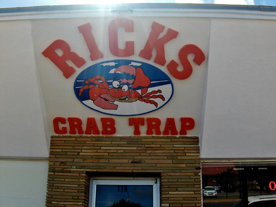 Rick's Crab Trap: Sign above entrance