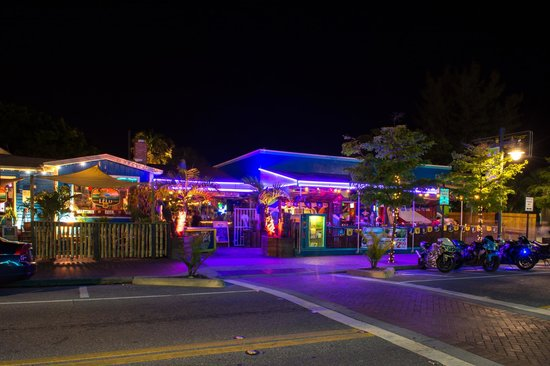 Gilligan's Island Bar and Grill