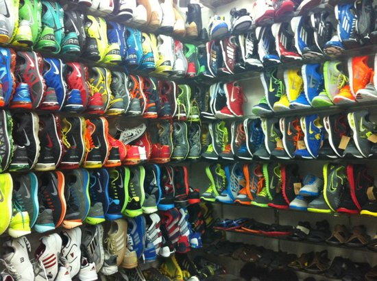 Ben Thanh Market: sports heaven