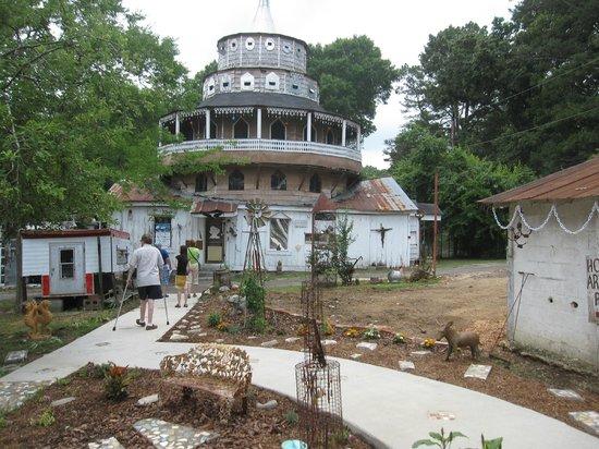 Paradise Garden: tower