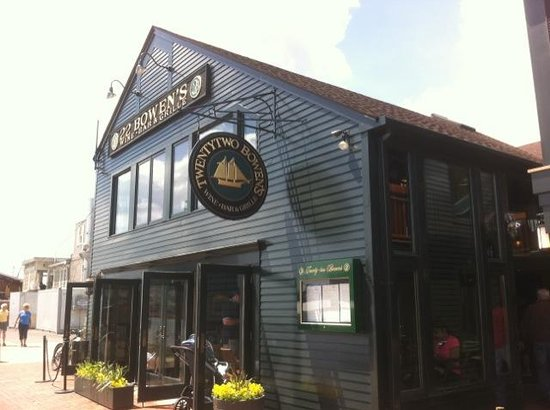 22 Bowen's Wine Bar & Grille: Welcome