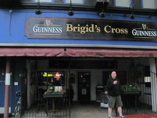 Brigid's Cross Irish Pub and Restaurant: Brigid's Cross Irish Pub
