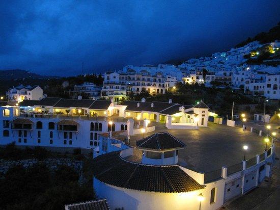 Hotel Villa Frigiliana: バルコニーから見える夜景1