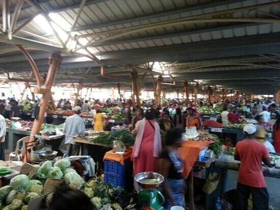 Emeraude Beach Attitude: centre de flac market