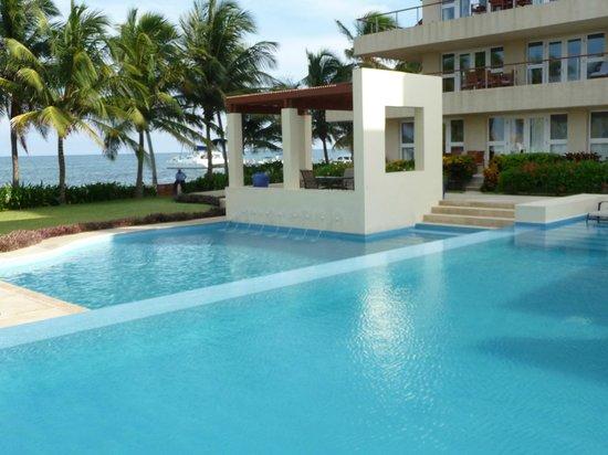 The Phoenix Resort: Pool
