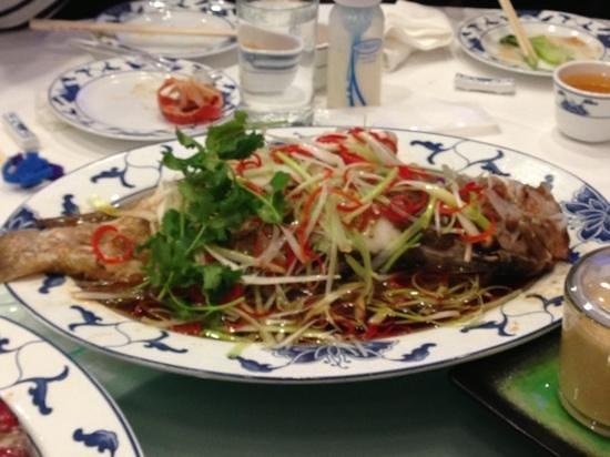Yank Sing : steamed fish