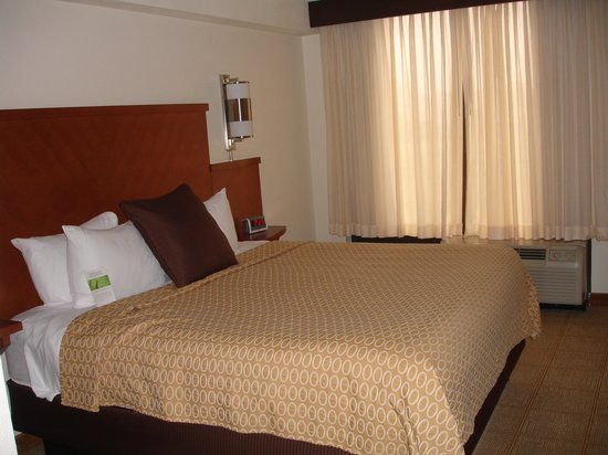 Hyatt Place Secaucus/Meadowlands: King Bed