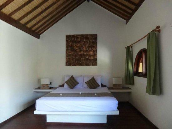 Laguna Gili Beach Resort: Bedroom