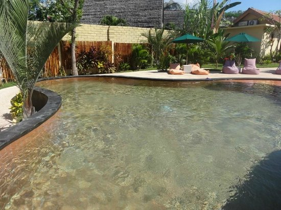 Laguna Gili Beach Resort: Pool