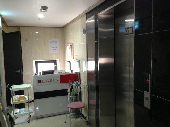 Lavinia: reception area on 6th floor