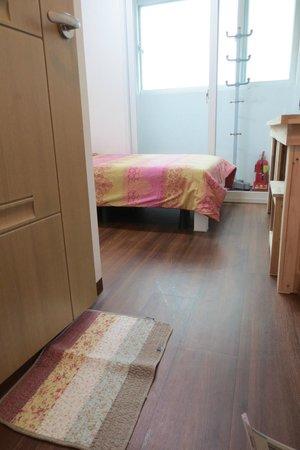 Lavinia: single room