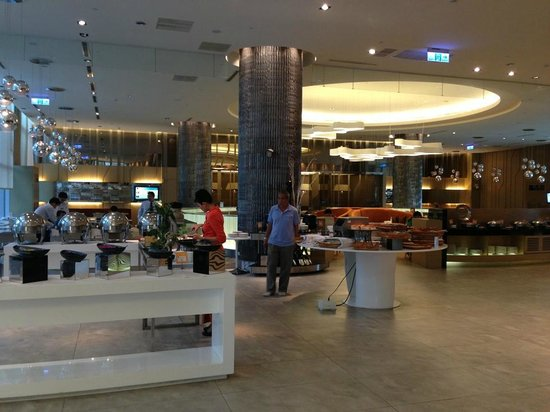 Hotel Novotel Taipei Taoyuan International Airport: the restaurant