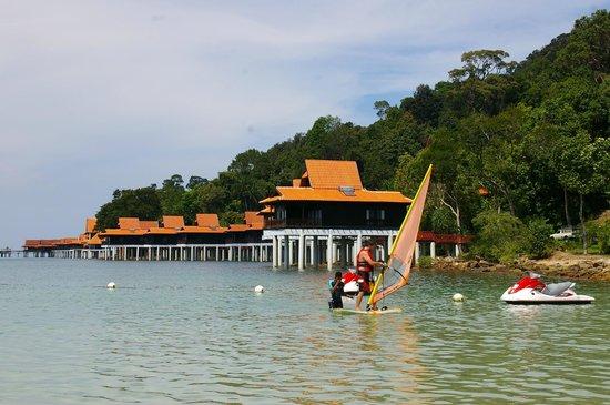Berjaya Langkawi Resort - Malaysia: Beach-front rooms