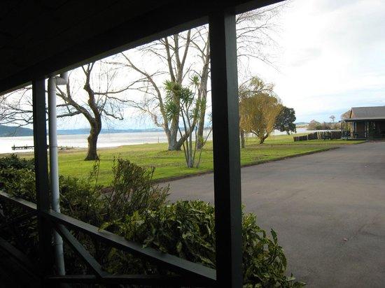 雪松湖濱度假照片