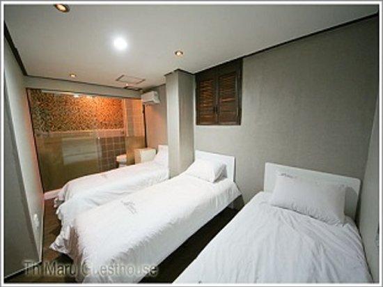 Maru Guesthouse 2: Triple Room