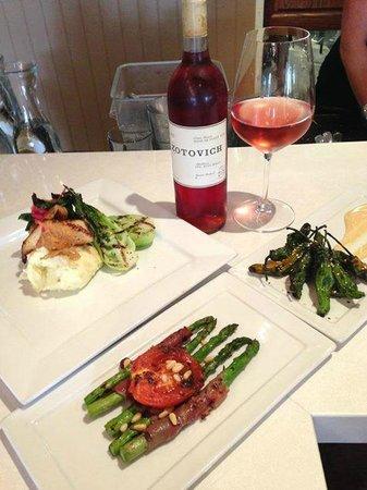 Sealegs Wine Bar Dinner Plates