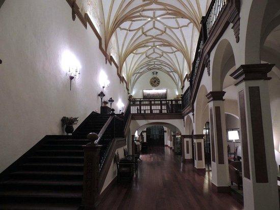Monasterio de Piedra: Recepción y vestíbulo