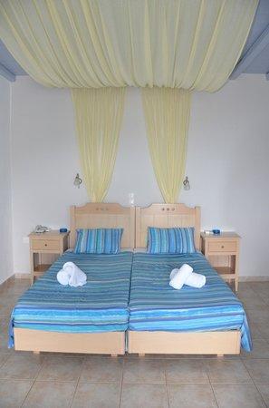 Porto Raphael Residences & Suites: Kamer