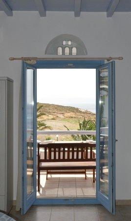 Porto Raphael Residences & Suites: Uitzicht vanuit de kamer