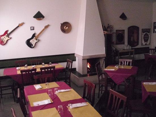 La Scala Bar Trattoria: sala da pranzo