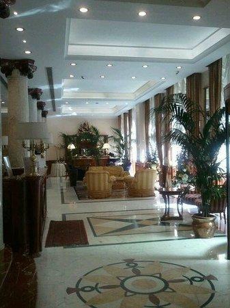Andreola Hotel : salone entrata \ reception