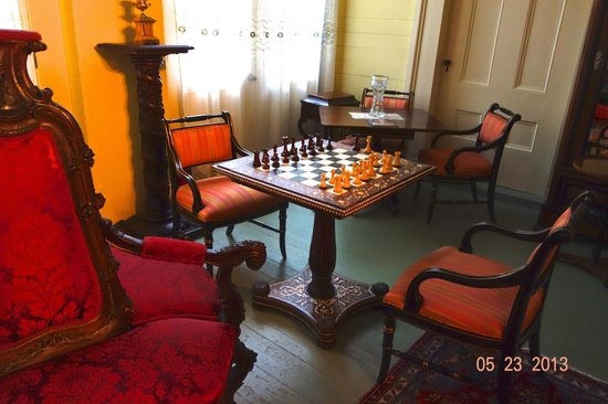 Bocage Plantation: A dedicated chess table and chess set off the upstairs parlour.