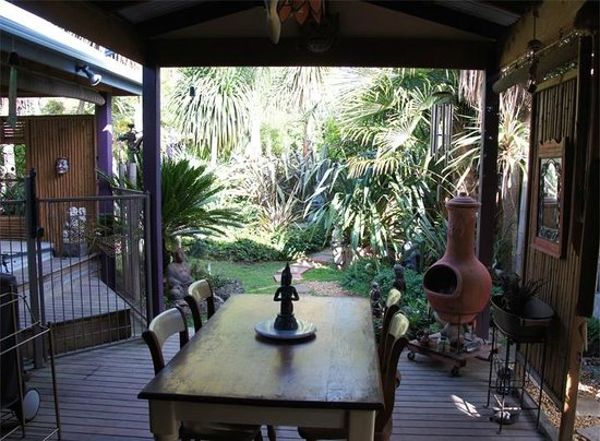 Seas The Day B&B: Outdoor Room and Spa Bath