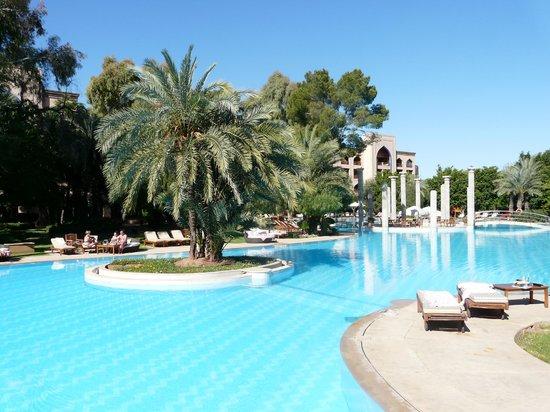 Es Saadi Marrakech Resort - Palace : La très belle piscine